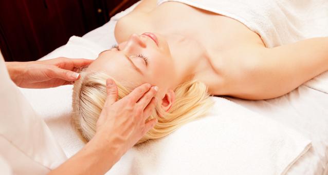 Relaxing Hot Oil Scalp Massage   Jiva Spa Toronto   390
